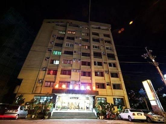 Hotel 宜兰香槟温泉饭店