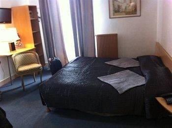 Hotel Les Jardins d'Asnières