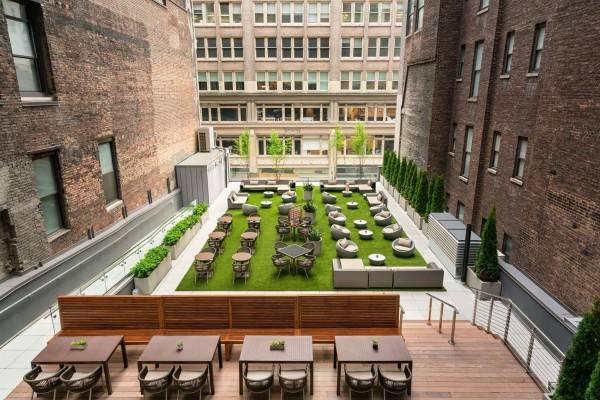 Hotel Embassy Suites by Hilton New York Manha