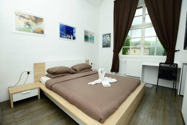 Hotel Galeria Rooms