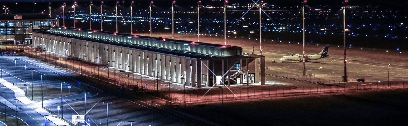 Ihr Hotel am Flughafen Berlin ist der ideale Ausgangsort für Reisen in die Hauptstadt oder die Welt. Jetzt ein Hotel am Flughafen Berlin auf HRS.de buchen!