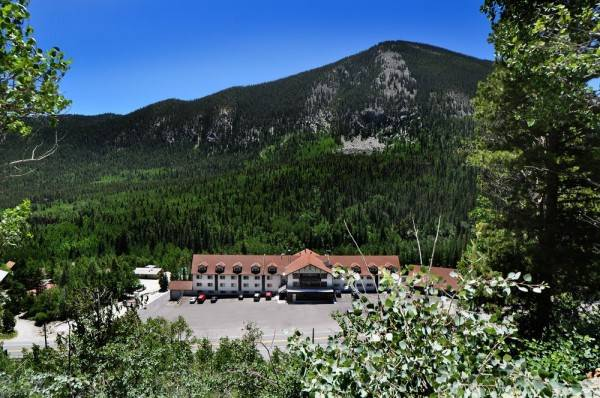 Hotel Monarch Mountain Lodge