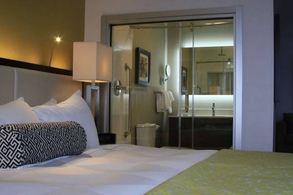 Hotel The Hollis Halifax - a DoubleTree Suites by Hilton