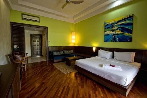 Hotel Lanjut Golden Beach & Golf Resort