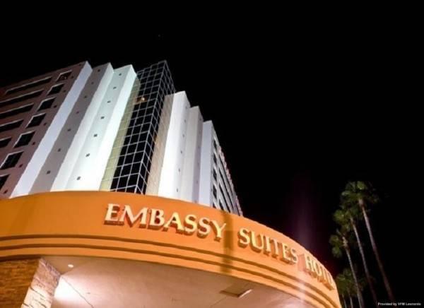 Hotel Embassy Suites by Hilton San Diego La Jolla