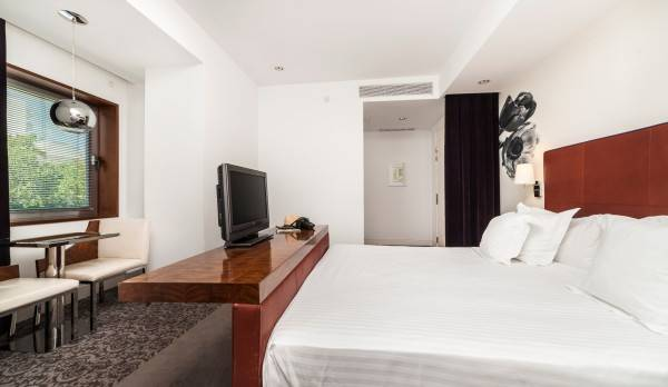 Hotel UR Palacio Avenida Adults Only