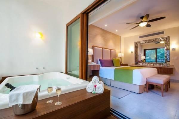 Hotel Almar Resort Luxury LGBT Beach Front Experience