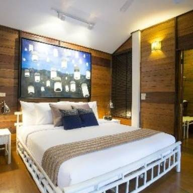 Hotel X2 Chiangmai North Gate villa