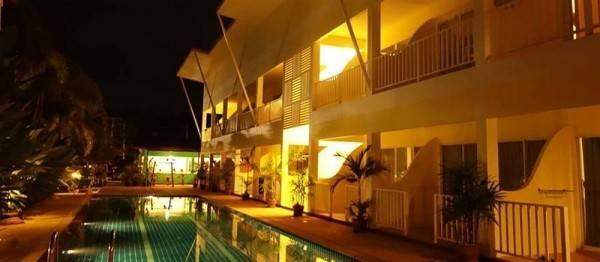 Hotel Phuket - Naiyang Sonwa Resort