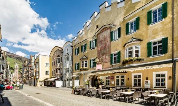 Lilie Hotel Restaurant