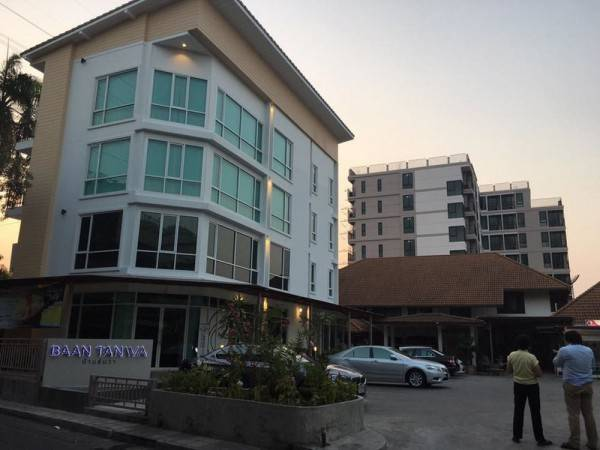 Hotel Baan Tanwa - MRT Ratchadapisek