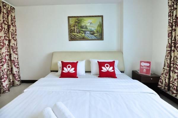 Hotel ZEN Rooms Inthamara Soi 34