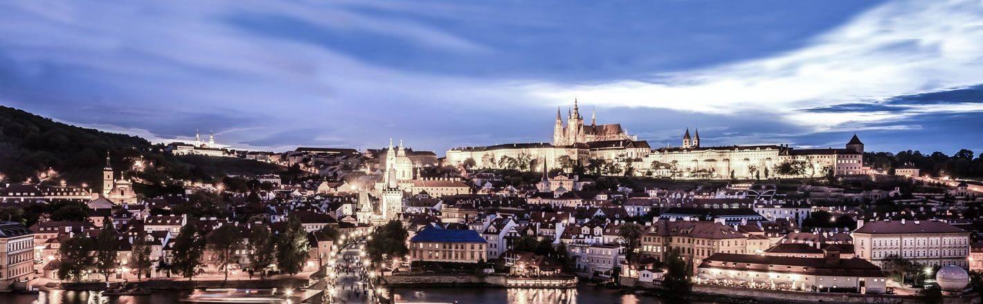 Berceau de l'histoire et de l'art européens, venez découvrir Prague, la ville bohème où charme, culture et allégresse ne font qu'un !