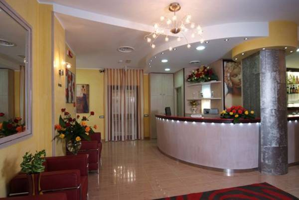 Cristal Eboli Hotel