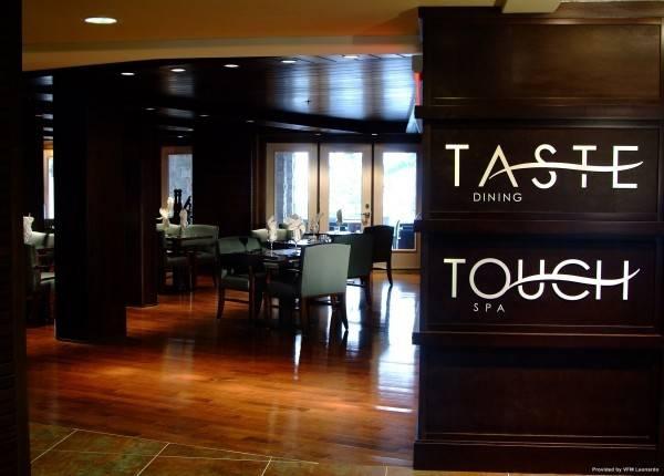 Hotel TOUCHSTONE ON LAKE MUSKOKA