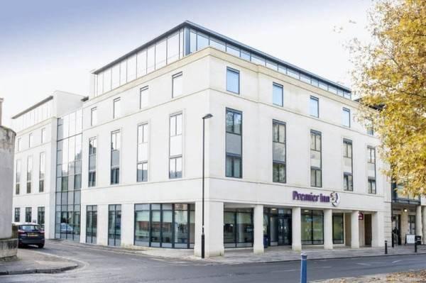 Hotel Bath Breaks Apartments