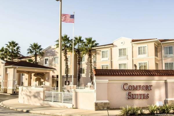 Hotel Comfort Suites Downtown