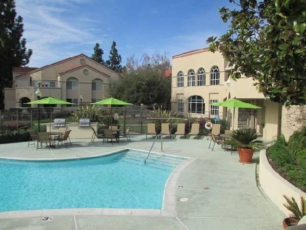 Hotel Oakwood at Archstone Thousand Oaks