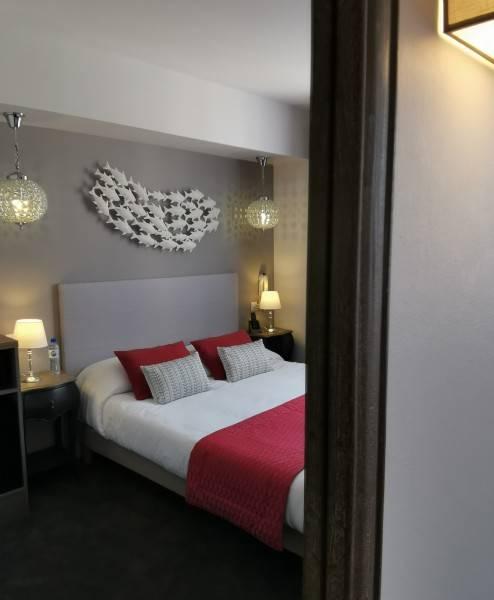 Brit Hotel Acacias