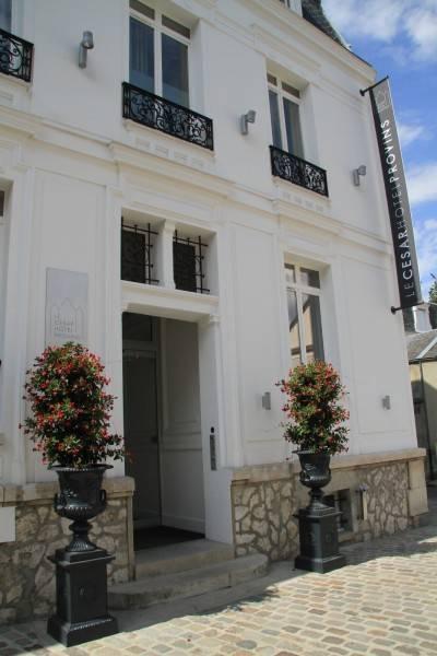Hotel Le César