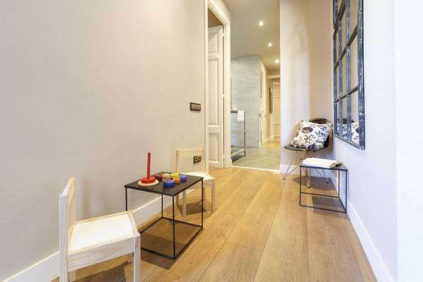 Hotel AinB Eixample Miró Apartments