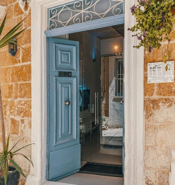 Hotel Cornelius Valletta Properties