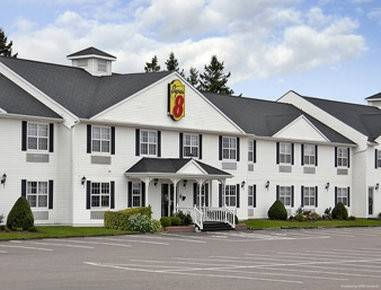 Quality Inn and Suites Cornwall