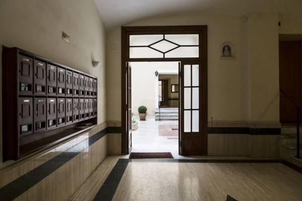 Hotel LaHouse Luxury Accommodation