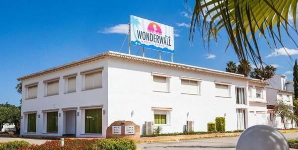 Hotel Wonderwall Music Resort