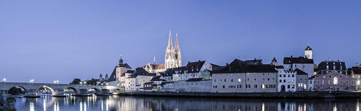 Hotels in Regensburg: ✓Gratis wireless LAN op de kamer voor HRS-gasten ✓Gratis parkeren ✓24 uur support ✓Goede verbinding naar het stadscentrum