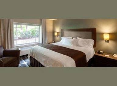 East Avenue Inn and Suites