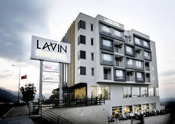 Hotel Lavin Otel