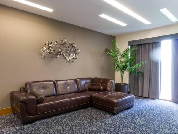 Ventura Hotel and Suites
