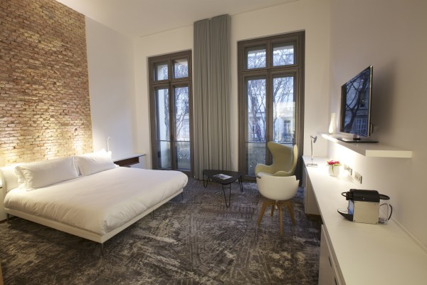 HOTEL C2 Hotel