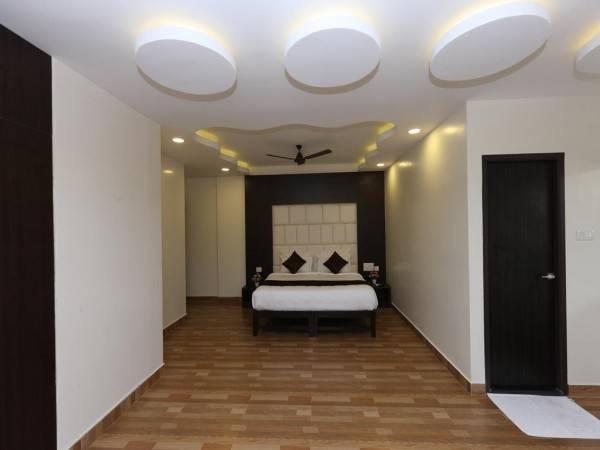 Rich Inn-Pondy Bazar