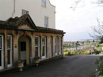 Hotel Church House - Guest House