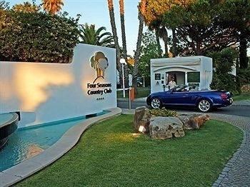 Hotel Four Seasons Country Club