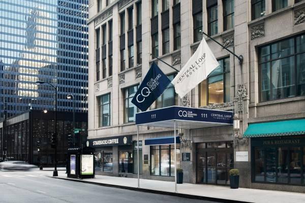 Central Loop Club Quarters Hotel