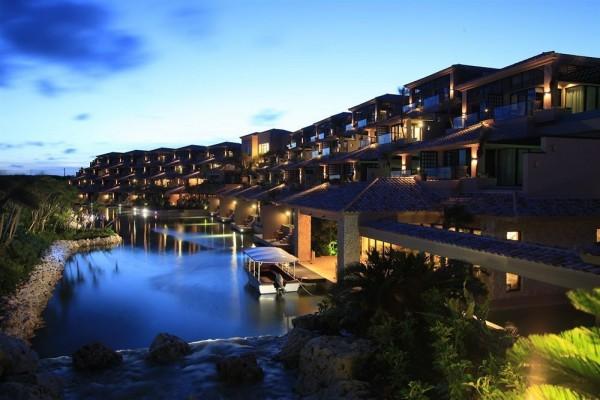 Hotel Shigira Bayside Suite Allamanda