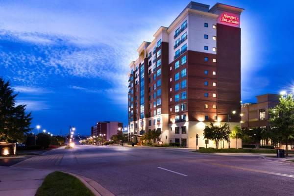 Hampton Inn - Suites National Harbor-Alexandria Area