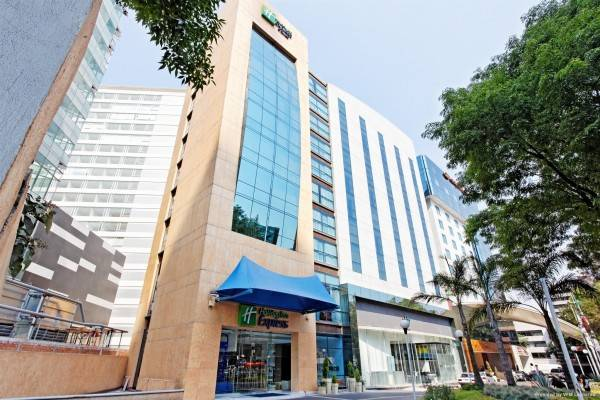 Holiday Inn Express & Suites MEXICO CITY AT THE WTC
