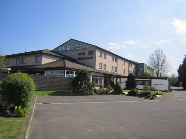 Hotel Kyriad Clermont Ferrand Riom