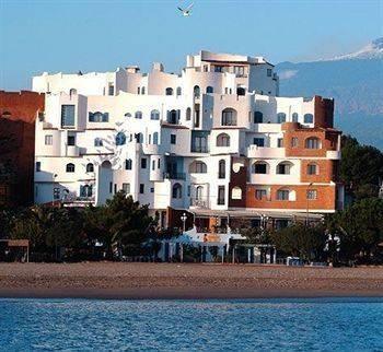 hotel in giardini naxos sicily