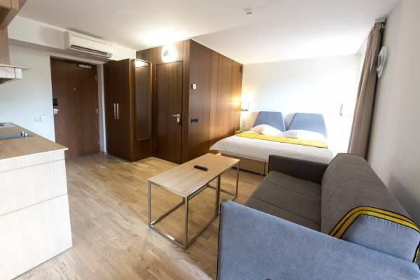 Hotel Amberton Green Apartments