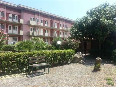 Hotel Fondachello Village