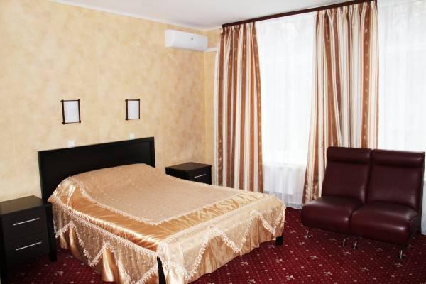 Pervomayskaya Hotel