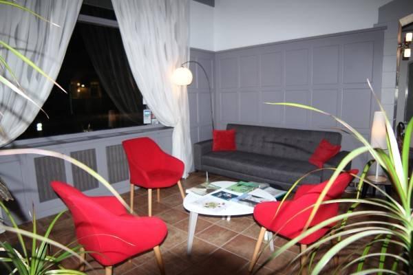 Brit Hotel Confort – Le Grand Hotel