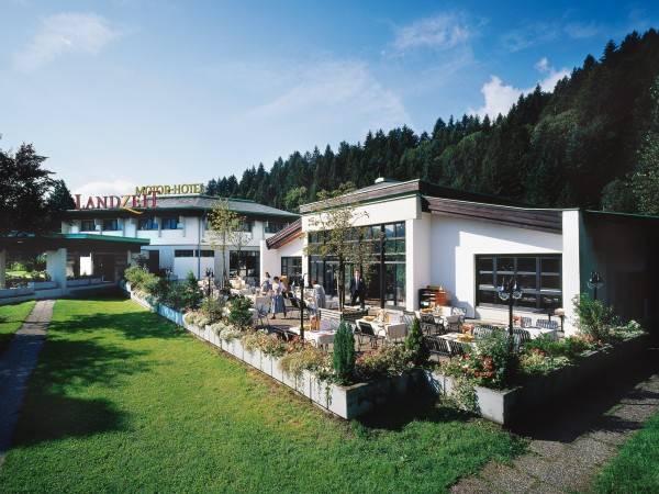 Hotel Landzeit Restaurant Angath