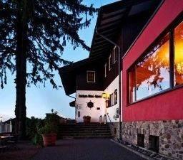 Lothar-Mai-Haus Berghotel in der Rhönsonne