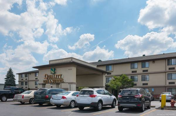 Quality Inn and Suites Detroit Metro Air